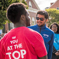 Colby-sawyer students on move-in day